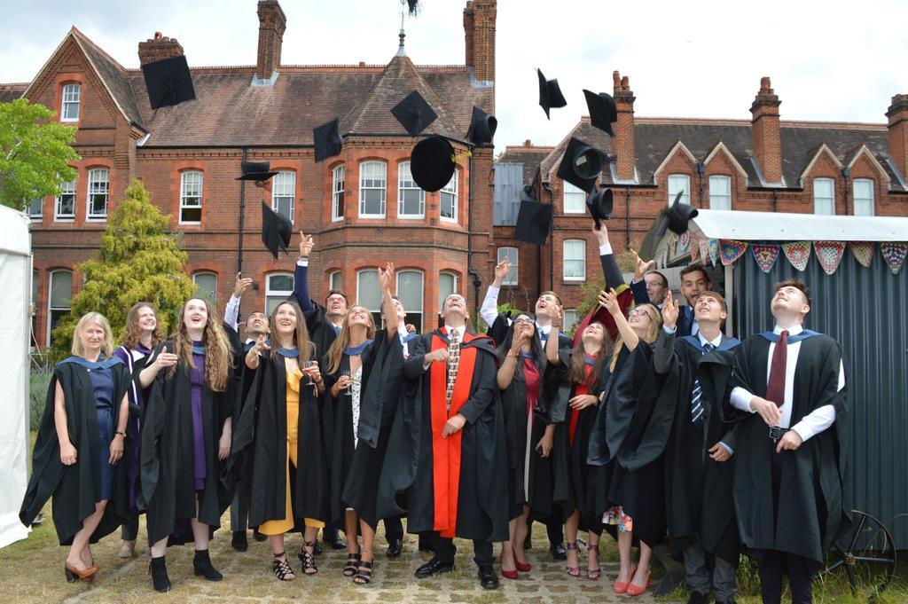 Laurea in Inghilterra – Come funziona la Graduation?
